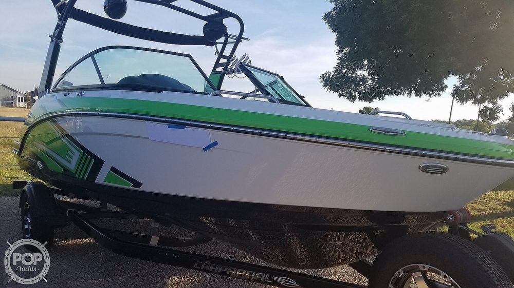 2017 Chaparral boat for sale, model of the boat is 203 VRX & Image # 15 of 40