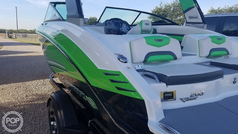 2017 Chaparral boat for sale, model of the boat is 203 VRX & Image # 31 of 40