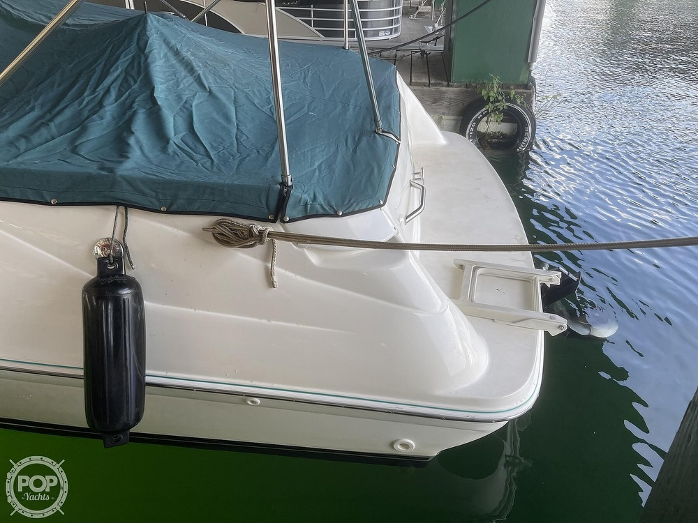 1998 Sea Ray boat for sale, model of the boat is 240 Sundeck & Image # 6 of 40