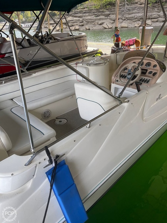 1998 Sea Ray boat for sale, model of the boat is 240 Sundeck & Image # 9 of 40
