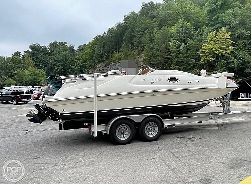 1998 Sea Ray boat for sale, model of the boat is 240 Sundeck & Image # 2 of 40