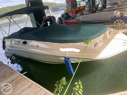1998 Sea Ray boat for sale, model of the boat is 240 Sundeck & Image # 5 of 40