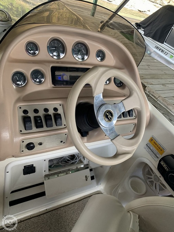 1998 Sea Ray boat for sale, model of the boat is 240 Sundeck & Image # 15 of 40