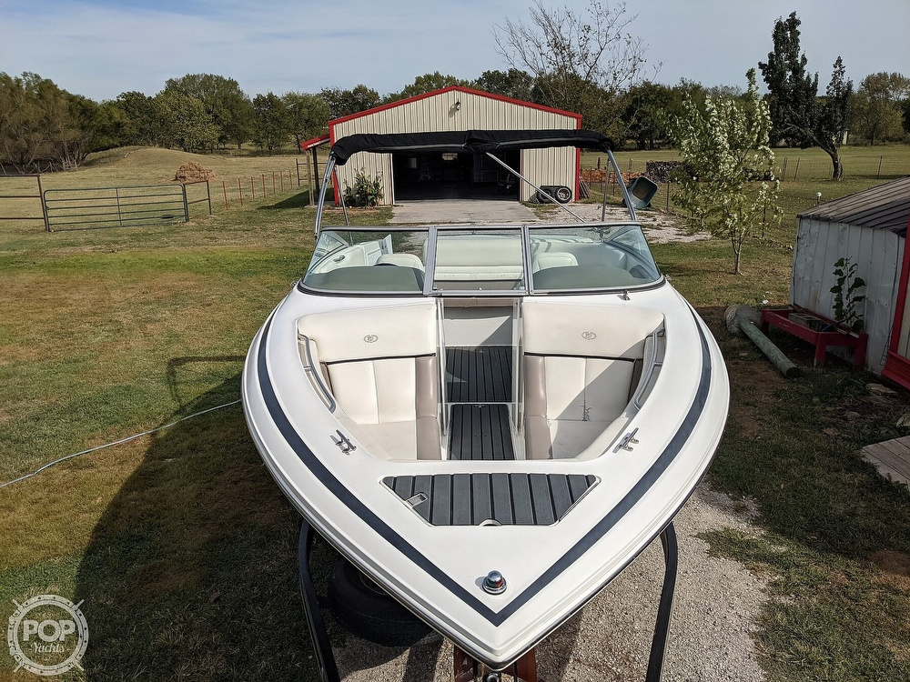 2002 Cobalt boat for sale, model of the boat is 226 & Image # 9 of 40