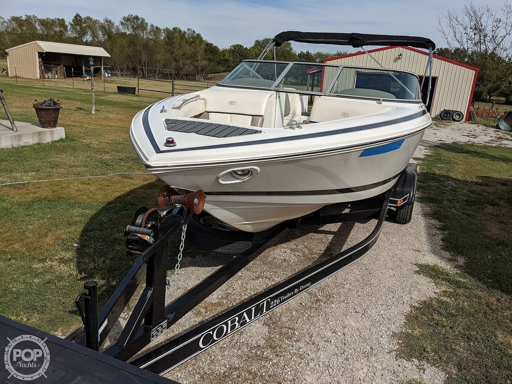 2002 Cobalt boat for sale, model of the boat is 226 & Image # 16 of 40