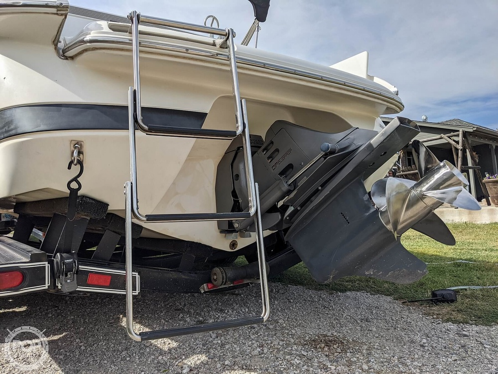 2002 Cobalt boat for sale, model of the boat is 226 & Image # 19 of 40