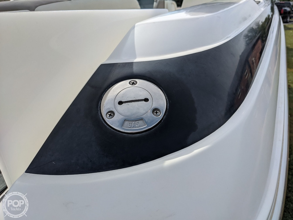 2002 Cobalt boat for sale, model of the boat is 226 & Image # 23 of 40