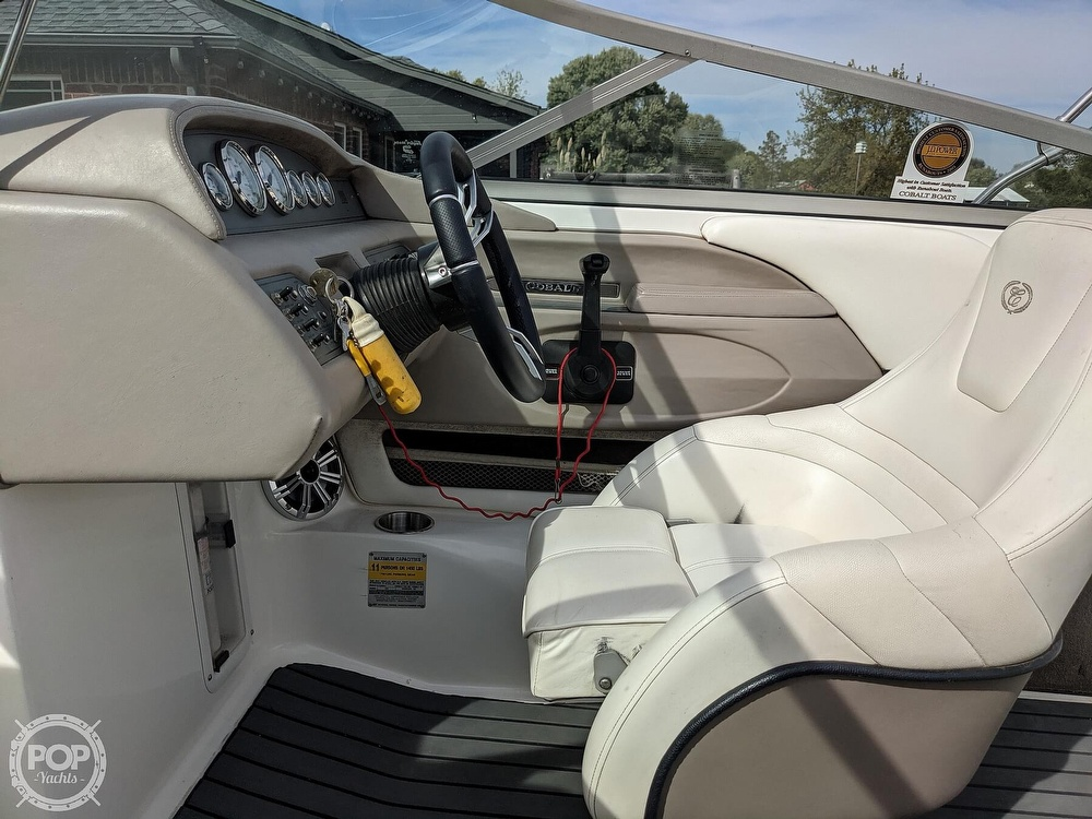 2002 Cobalt boat for sale, model of the boat is 226 & Image # 29 of 40