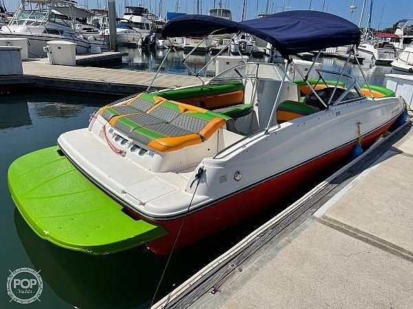 2014 Bayliner boat for sale, model of the boat is 215DB & Image # 3 of 40