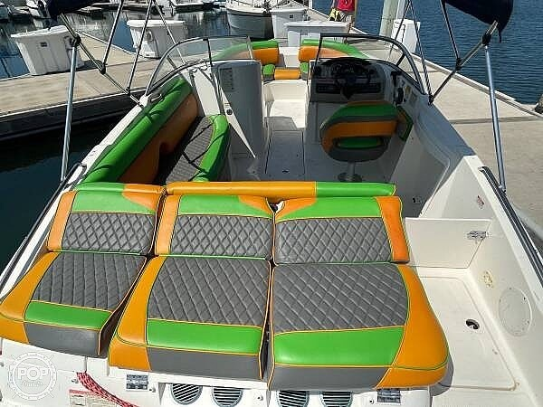 2014 Bayliner boat for sale, model of the boat is 215DB & Image # 9 of 40