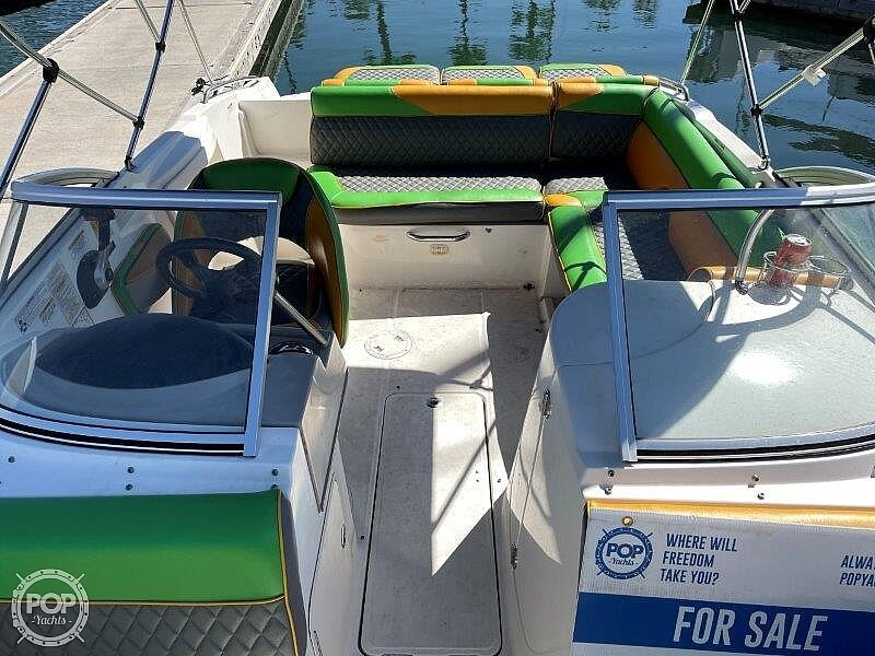 2014 Bayliner boat for sale, model of the boat is 215DB & Image # 27 of 40