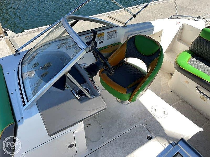 2014 Bayliner boat for sale, model of the boat is 215DB & Image # 29 of 40
