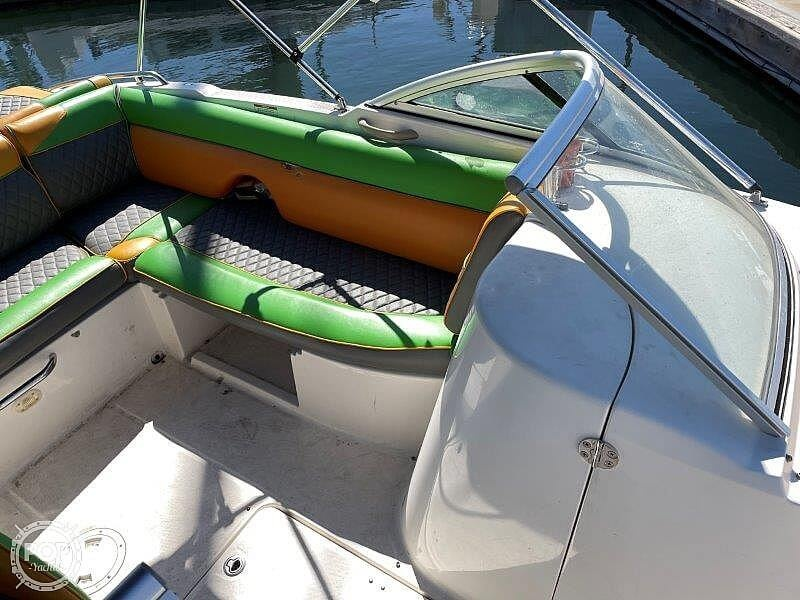 2014 Bayliner boat for sale, model of the boat is 215DB & Image # 31 of 40