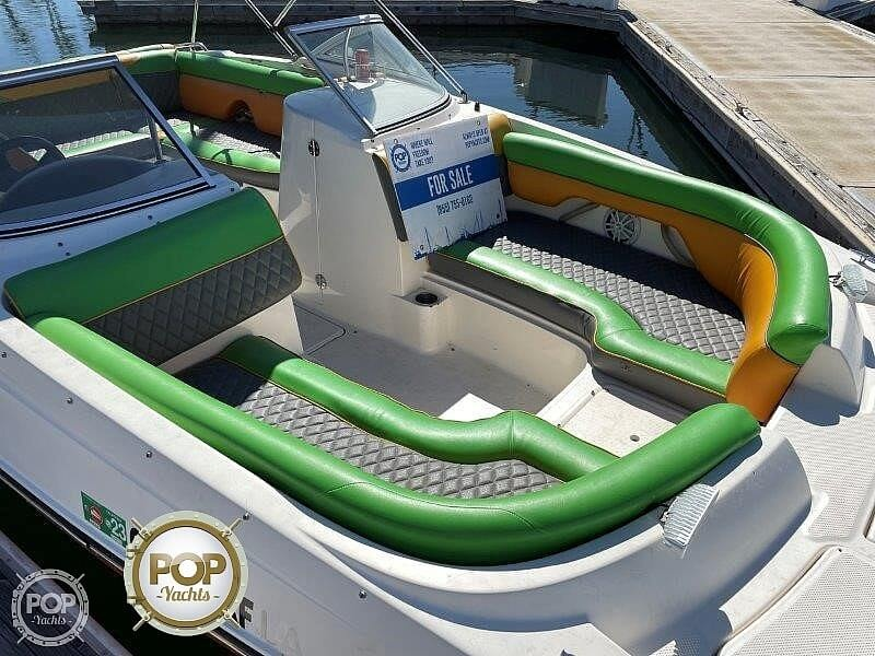 2014 Bayliner boat for sale, model of the boat is 215DB & Image # 23 of 40