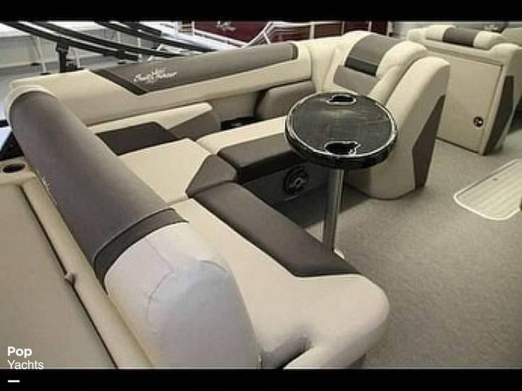 2021 SunChaser boat for sale, model of the boat is 22SB Geneva & Image # 2 of 26