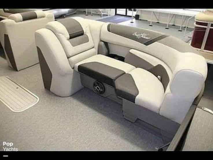 2021 SunChaser boat for sale, model of the boat is 22SB Geneva & Image # 12 of 26