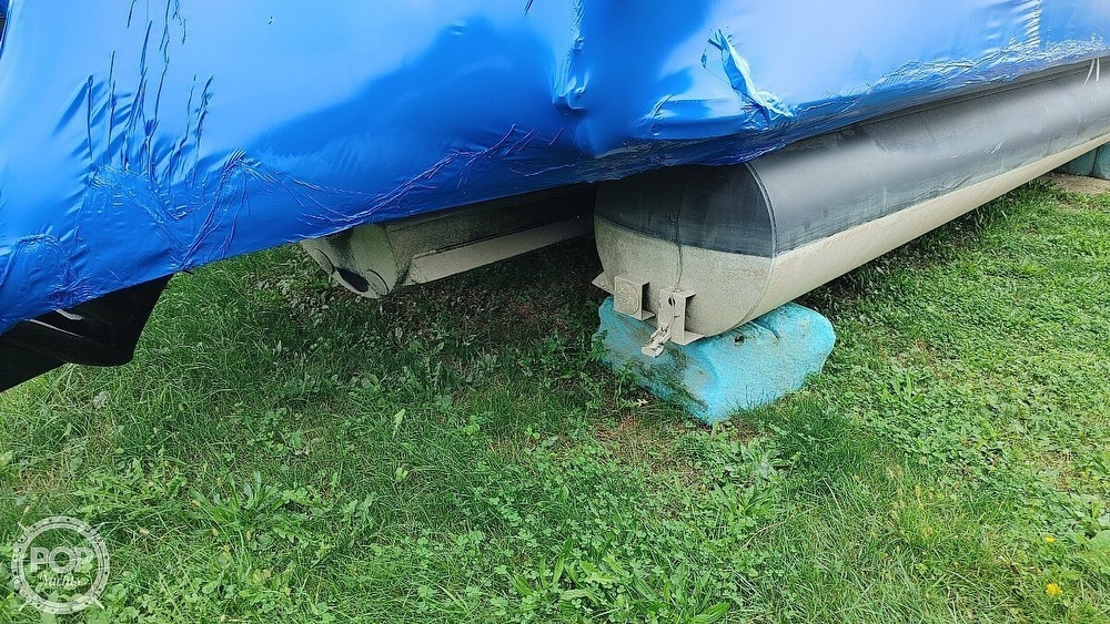 2021 SunChaser boat for sale, model of the boat is 22SB Geneva & Image # 17 of 26