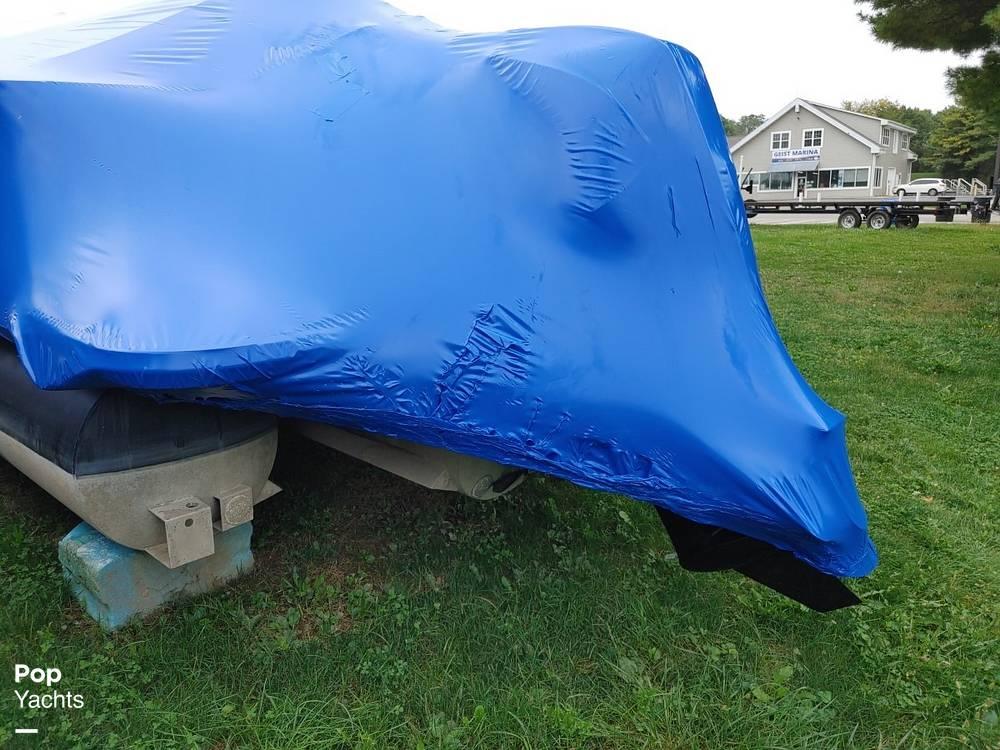 2021 SunChaser boat for sale, model of the boat is 22SB Geneva & Image # 19 of 26