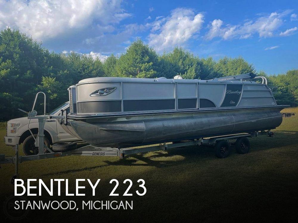 Used BENTLEY Boats For Sale by owner   2021 Bentley Elite 223 Swingback