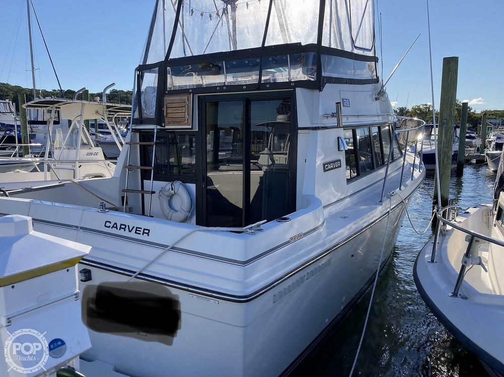 1988 Carver boat for sale, model of the boat is 2827 Mariner & Image # 3 of 40