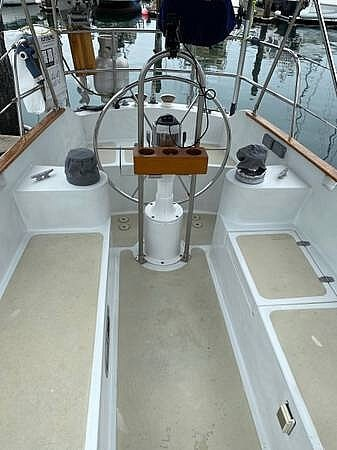 1976 Ericson Yachts boat for sale, model of the boat is 39B & Image # 6 of 40