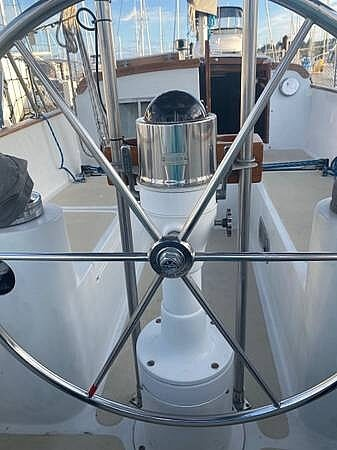 1976 Ericson Yachts boat for sale, model of the boat is 39B & Image # 8 of 40