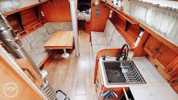 1976 Ericson Yachts boat for sale, model of the boat is 39B & Image # 11 of 40