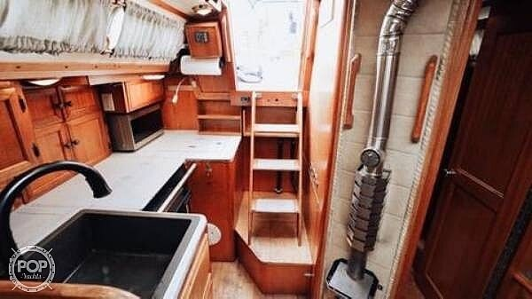 1976 Ericson Yachts boat for sale, model of the boat is 39B & Image # 12 of 40