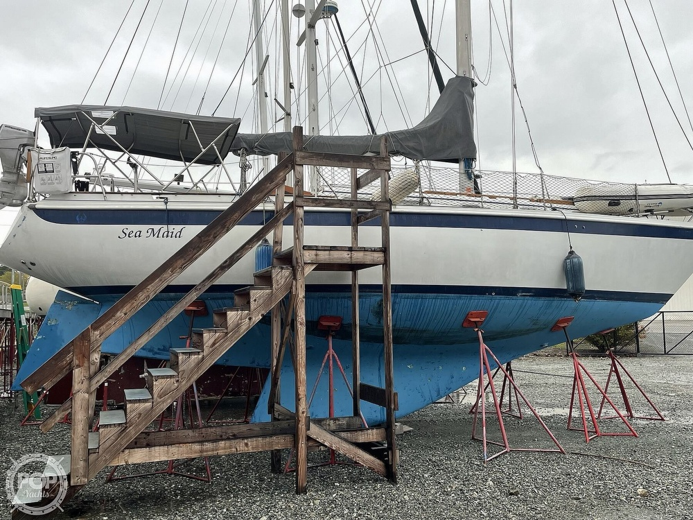 1976 Ericson Yachts boat for sale, model of the boat is 39B & Image # 19 of 40