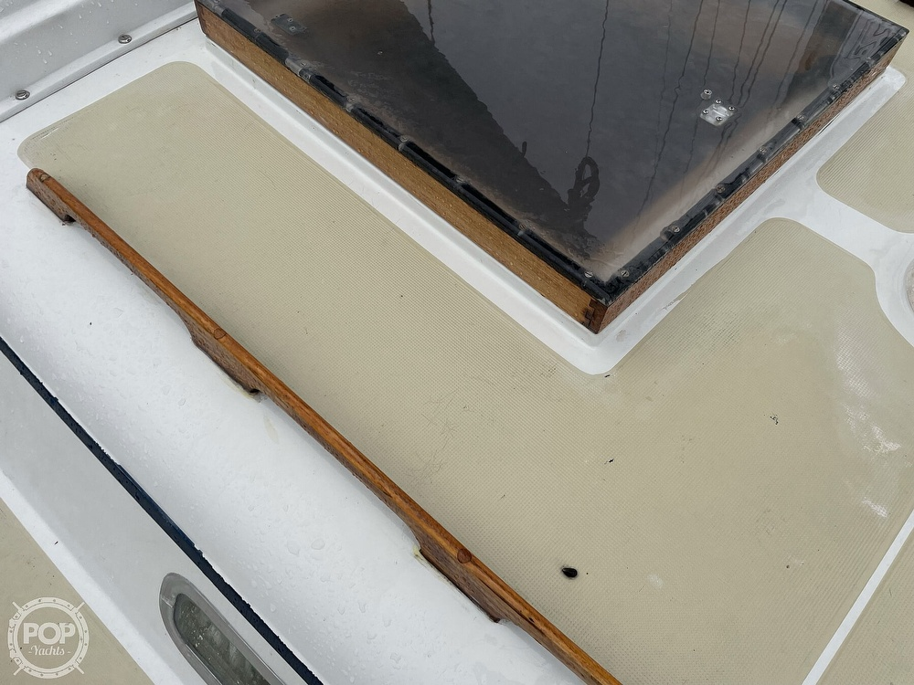 1976 Ericson Yachts boat for sale, model of the boat is 39B & Image # 37 of 40
