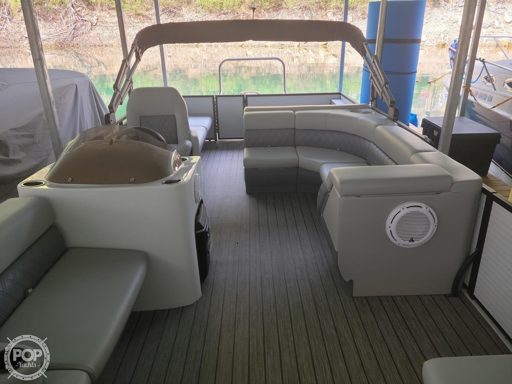 2021 Lexington boat for sale, model of the boat is 525 XTreme & Image # 3 of 41