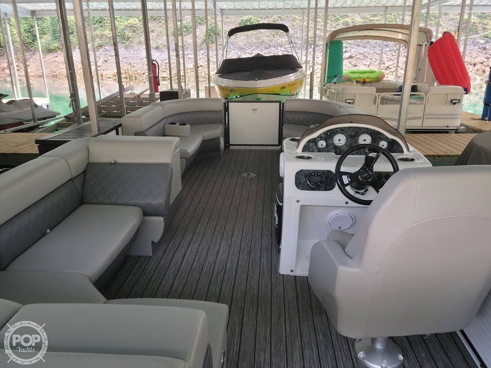 2021 Lexington boat for sale, model of the boat is 525 XTreme & Image # 4 of 41