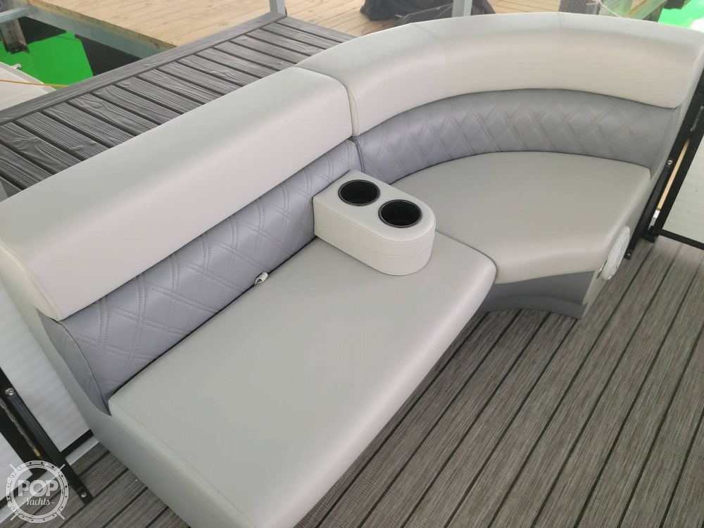 2021 Lexington boat for sale, model of the boat is 525 XTreme & Image # 5 of 41