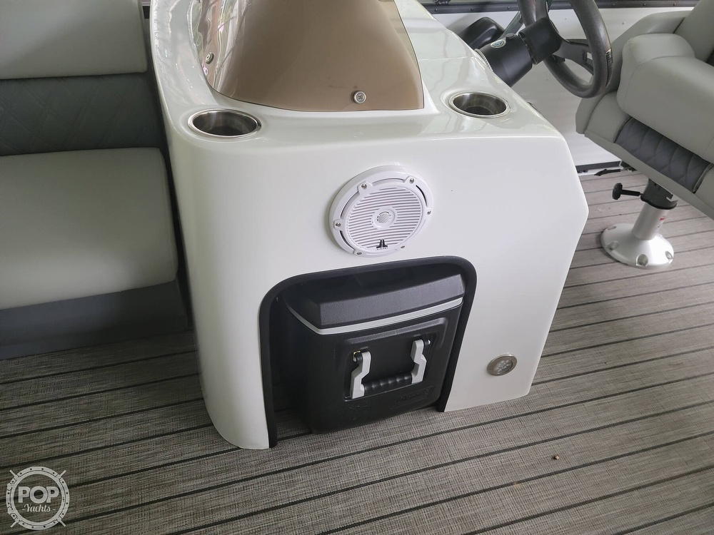 2021 Lexington boat for sale, model of the boat is 525 XTreme & Image # 17 of 41