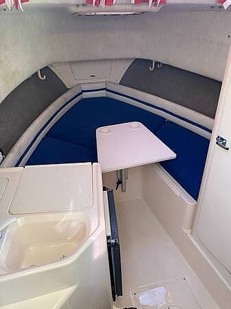 1998 Grady-White boat for sale, model of the boat is 272 Sailfish & Image # 9 of 11