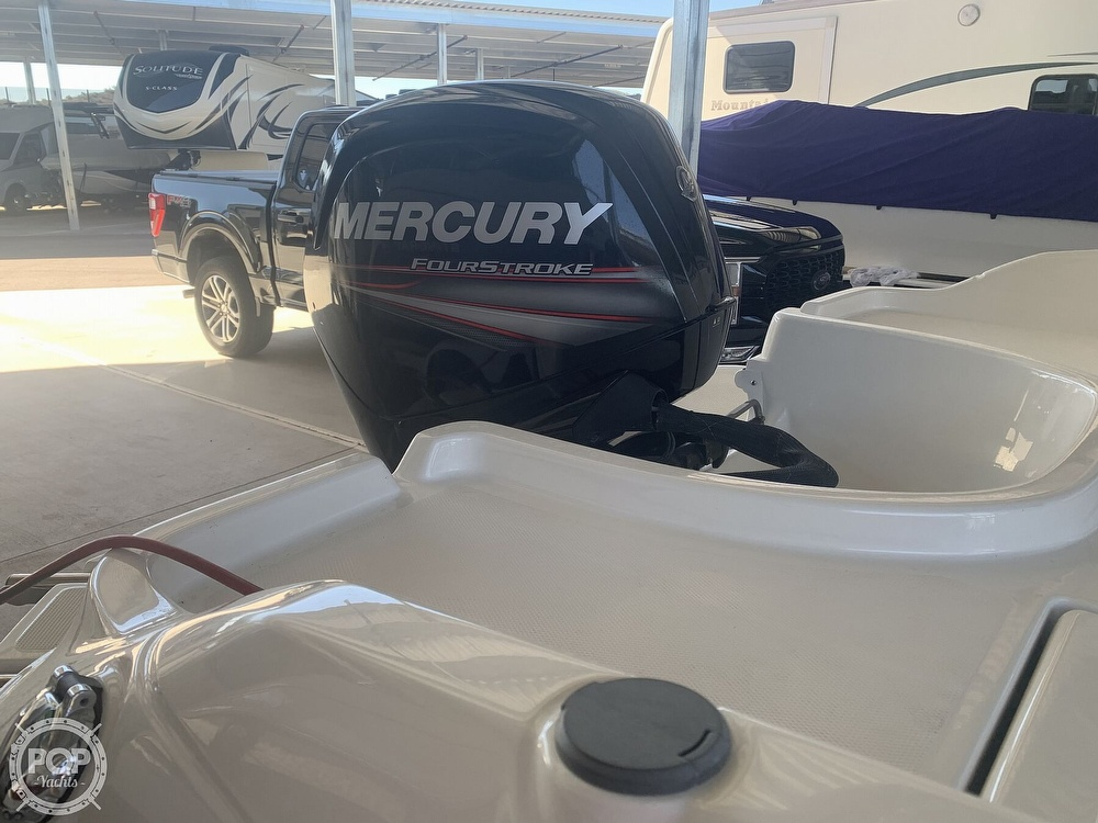 2019 Bayliner boat for sale, model of the boat is F18 & Image # 32 of 40
