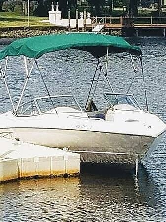 1999 Stingray boat for sale, model of the boat is 200 LS & Image # 9 of 40