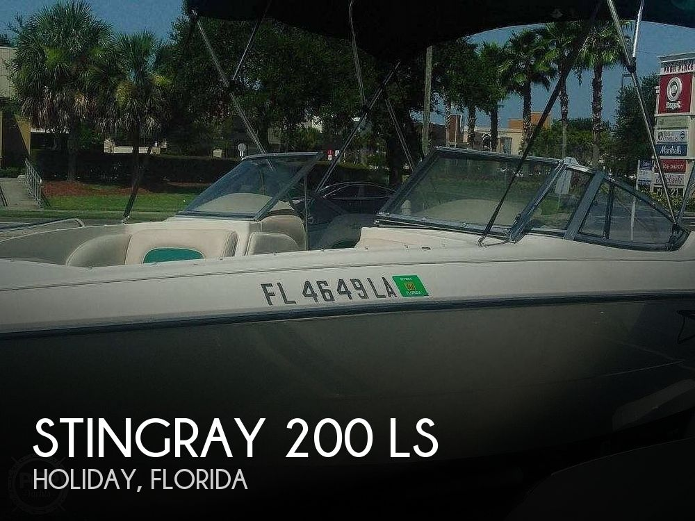 1999 Stingray boat for sale, model of the boat is 200 LS & Image # 1 of 40