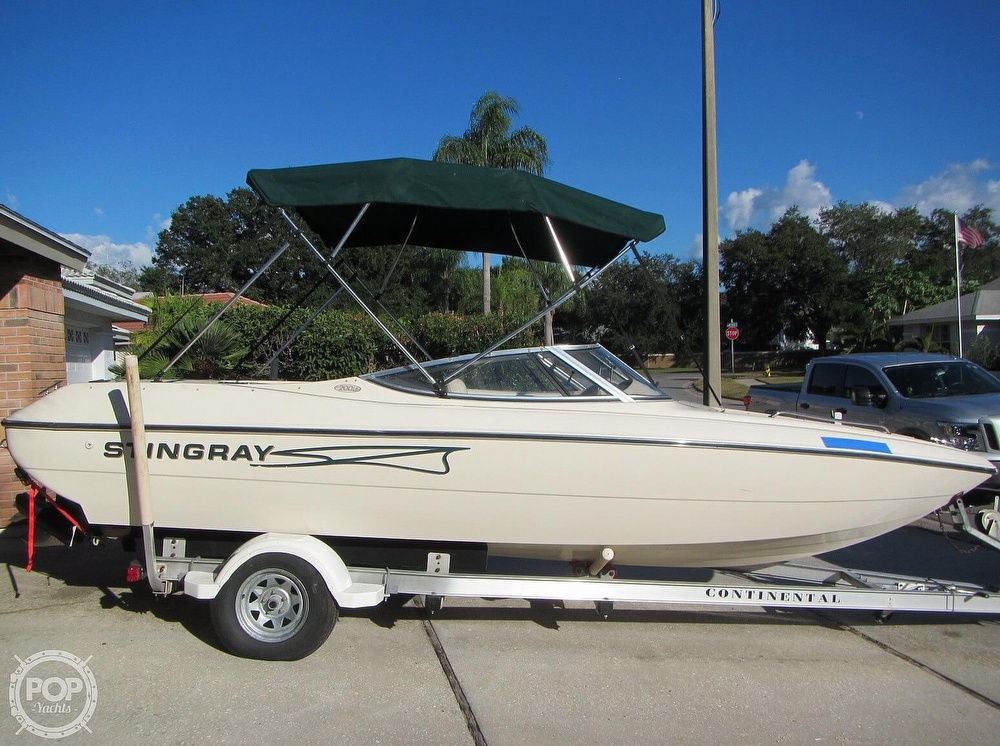1999 Stingray boat for sale, model of the boat is 200 LS & Image # 18 of 40