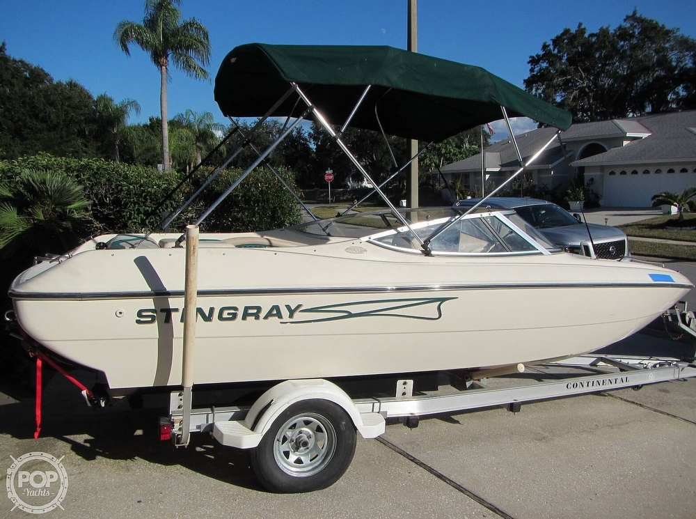 1999 Stingray boat for sale, model of the boat is 200 LS & Image # 19 of 40