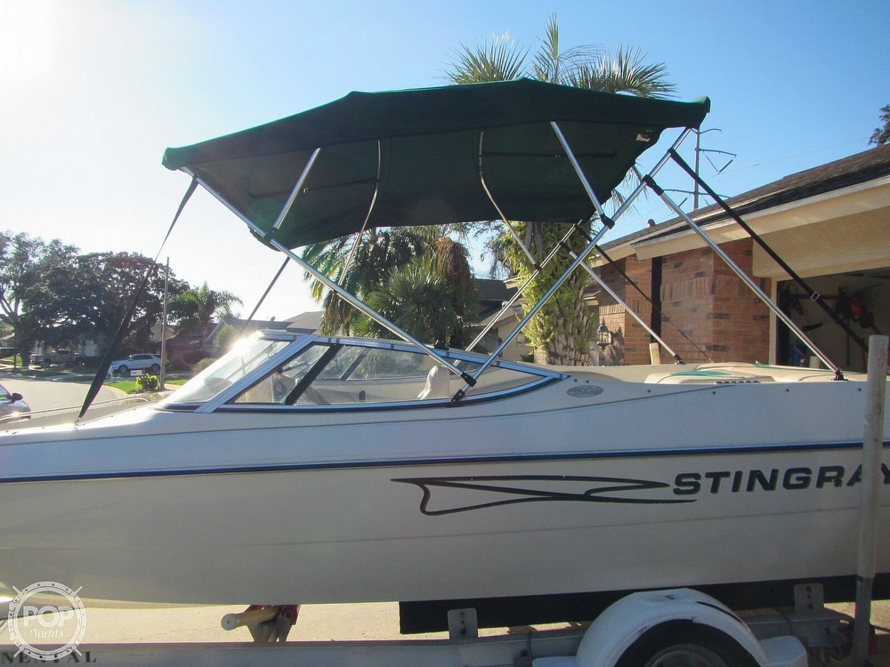1999 Stingray boat for sale, model of the boat is 200 LS & Image # 23 of 40