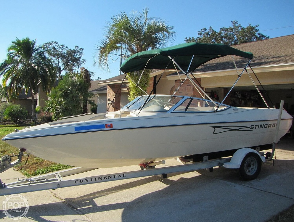 1999 Stingray boat for sale, model of the boat is 200 LS & Image # 24 of 40