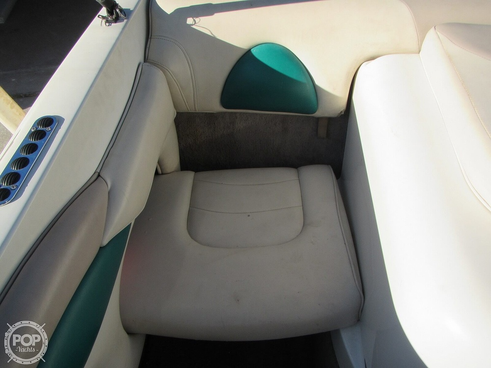 1999 Stingray boat for sale, model of the boat is 200 LS & Image # 32 of 40