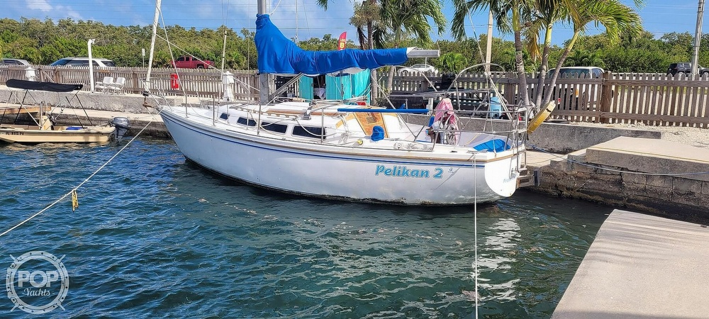 1983 Catalina Yachts boat for sale, model of the boat is 30 Tall Rig & Image # 3 of 10