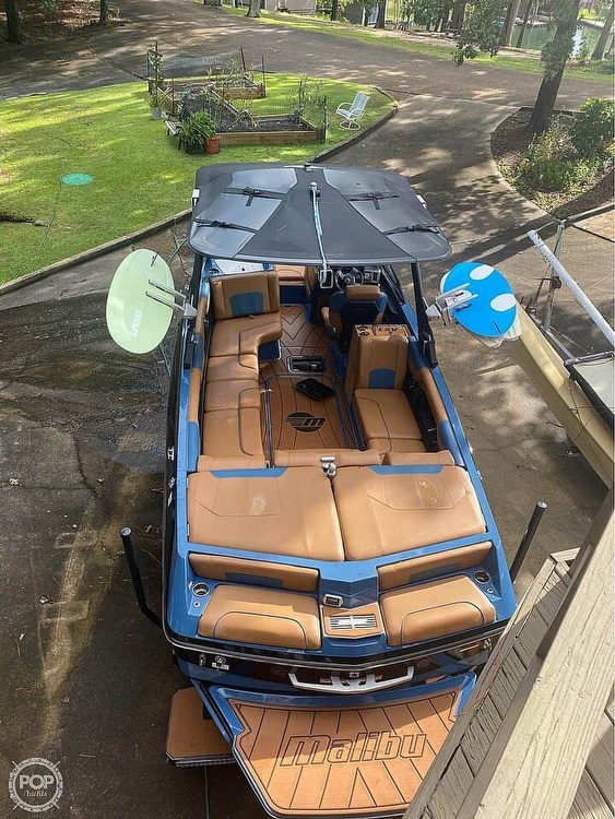 2021 Malibu boat for sale, model of the boat is 25 lsv & Image # 7 of 8