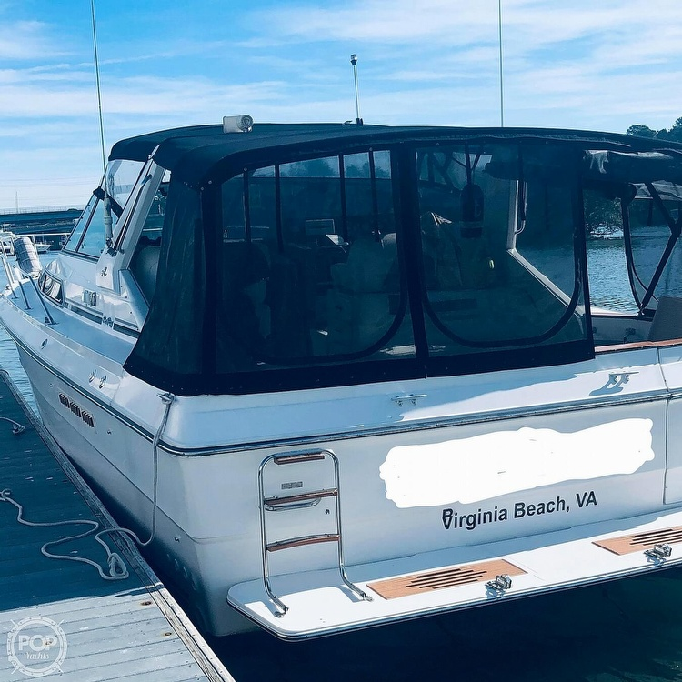 1989 Sea Ray boat for sale, model of the boat is 390 & Image # 3 of 40
