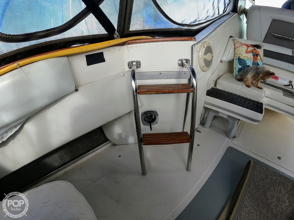 1989 Sea Ray boat for sale, model of the boat is 390 & Image # 29 of 40