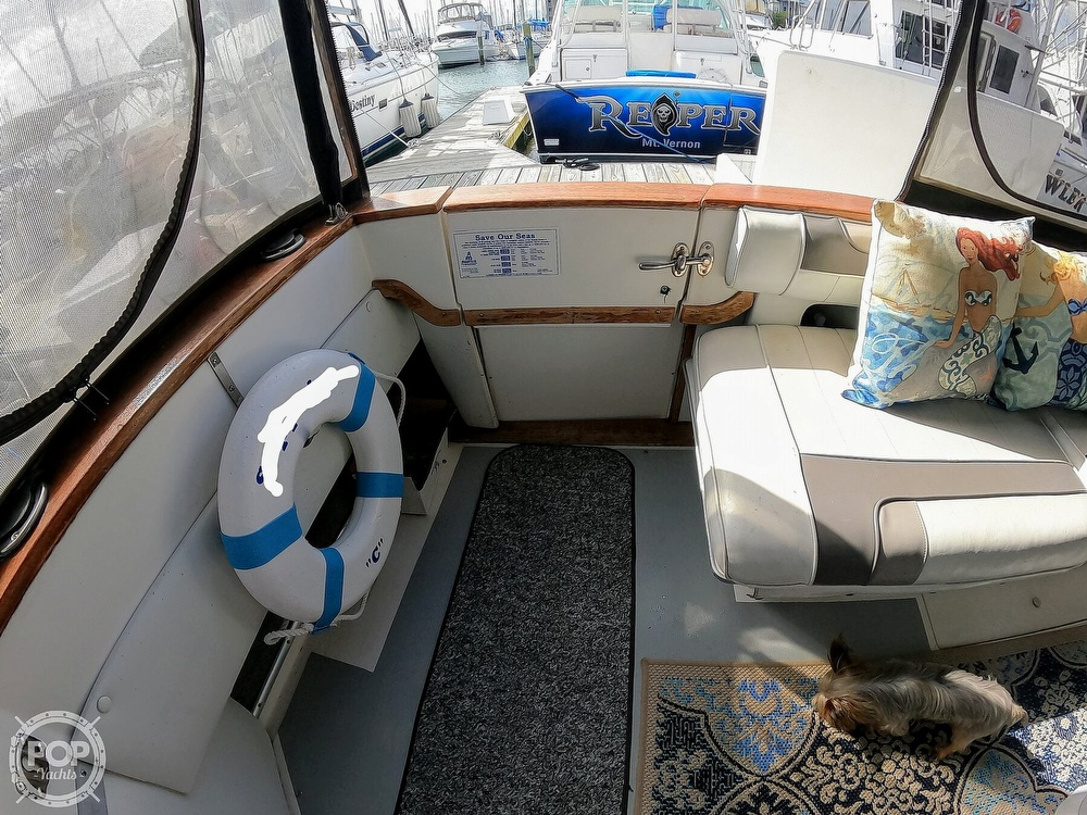 1989 Sea Ray boat for sale, model of the boat is 390 & Image # 30 of 40