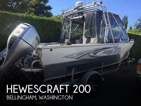 2003 Hewescraft boat for sale, model of the boat is 200 Searunner & Image # 1 of 11