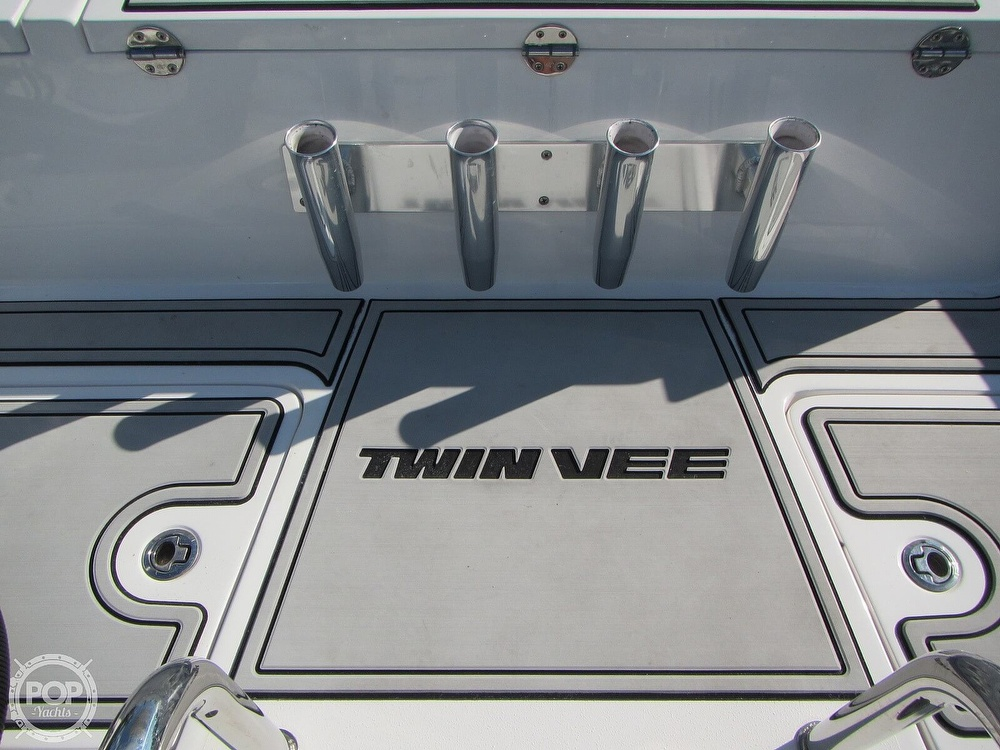 2020 Twin Vee boat for sale, model of the boat is 240 DC Go Fish Edition & Image # 5 of 40